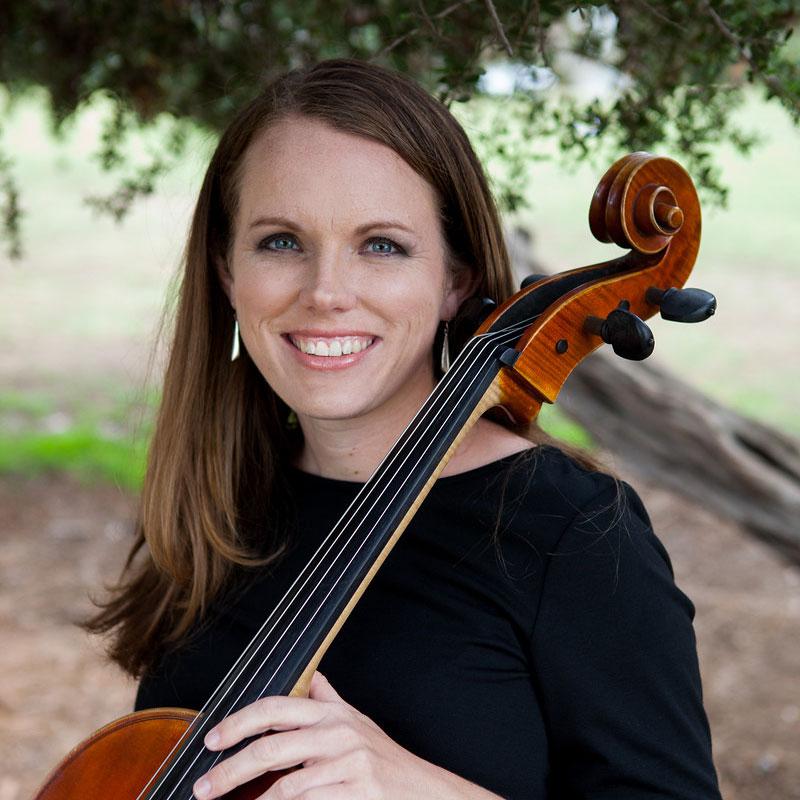 Amanda Devlin